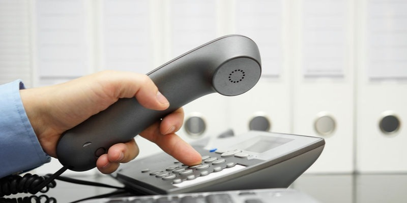 5 Signs of an Aging Business Phone System - Featured Image