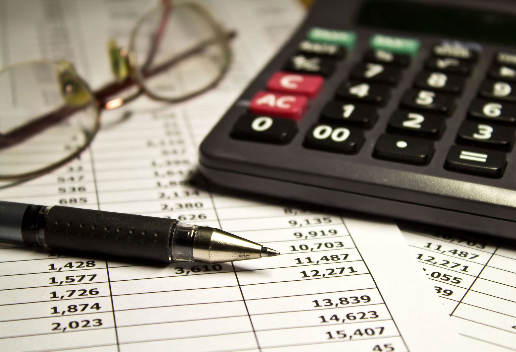 10 tips for tightening the financial controls of your business - Featured Image