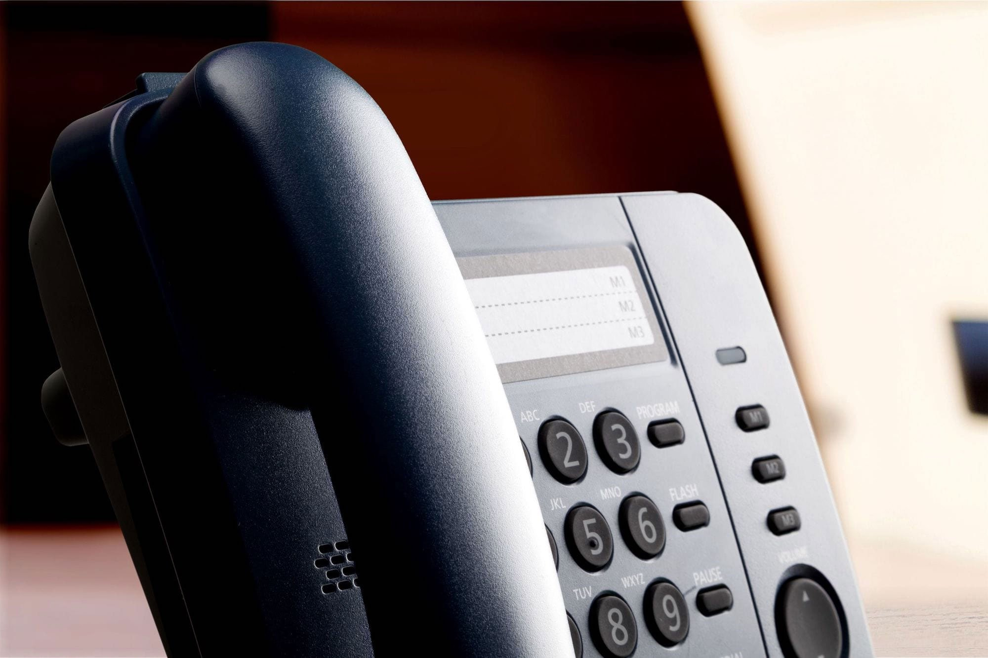 What is VoIP? How does it benefit your business? - Featured Image