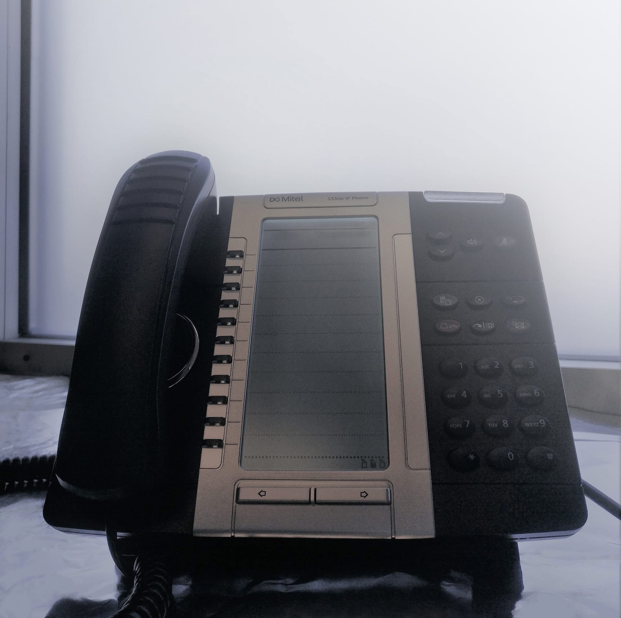 Is It Time To Upgrade Your Phone System?   Featured Image
