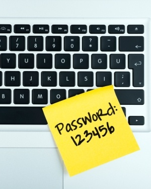 7 password security tips to keep yourself safe - Featured Image